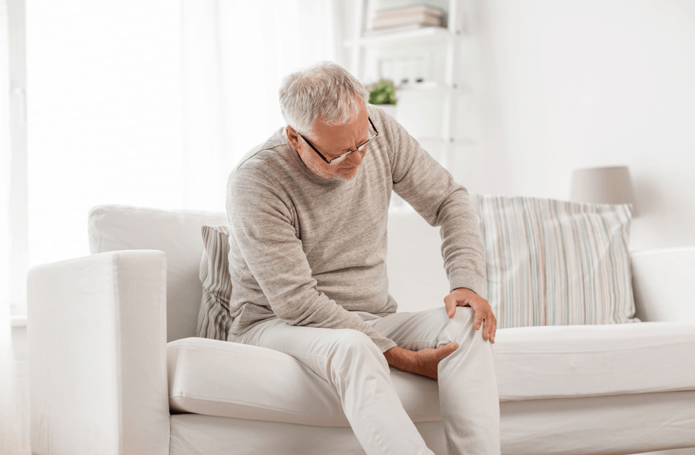 สาเหตุที่ทำให้เกิดภาวะปวดเข่าในผู้สูงอายุ